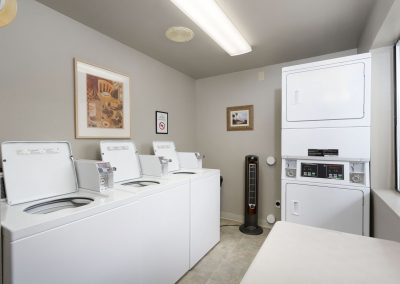 Laundry facilities at Columbia River RV Resort